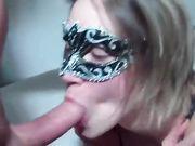 I munden cumshot og hun kan lide sædceller